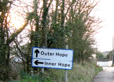 inner outer hope sign comp